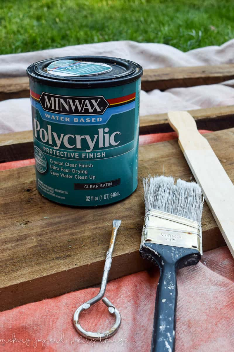 How to clean and refinish barndwood in 3 easy steps. Get the farmhouse look with your own barnwood or reclaimed wood DIY project.