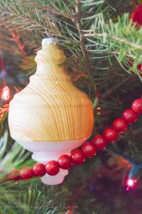 Family Christmas | Tree Decorating Ideas | Traditional Christmas Tree Decorations | Christmas Tree Decorations |