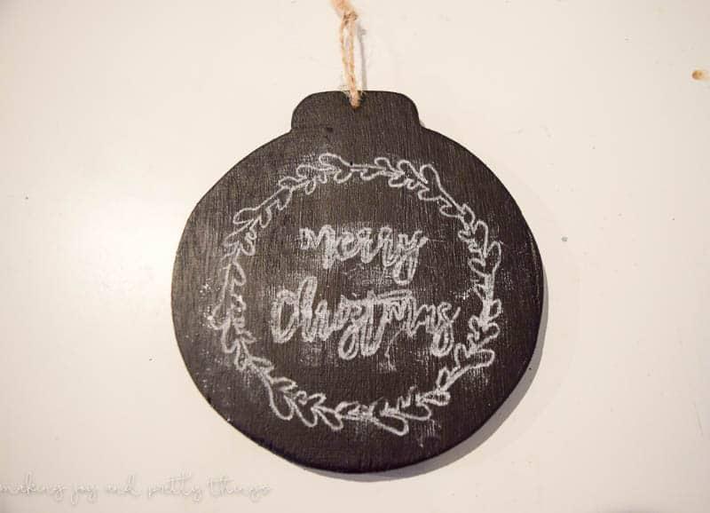 Farmhouse ornaments | DIY ornaments | 12 Days of Craftmas | DIY Gifts | Crafty Gifts | Christmas Gifts DIY | Gift Ideas | DIY Christmas Gifts