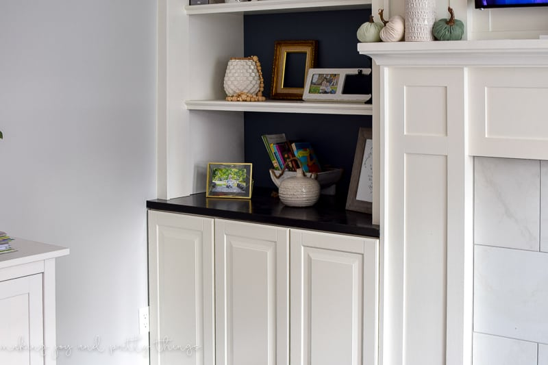 ikea hack   diy built ins   ikea kitchen cabinets   ikea ideas   living room ideas   living room built ins   living room bookshelves   built in bookshelves   best ikea hacks   ikea hack living room   ikea hack built in cabinets