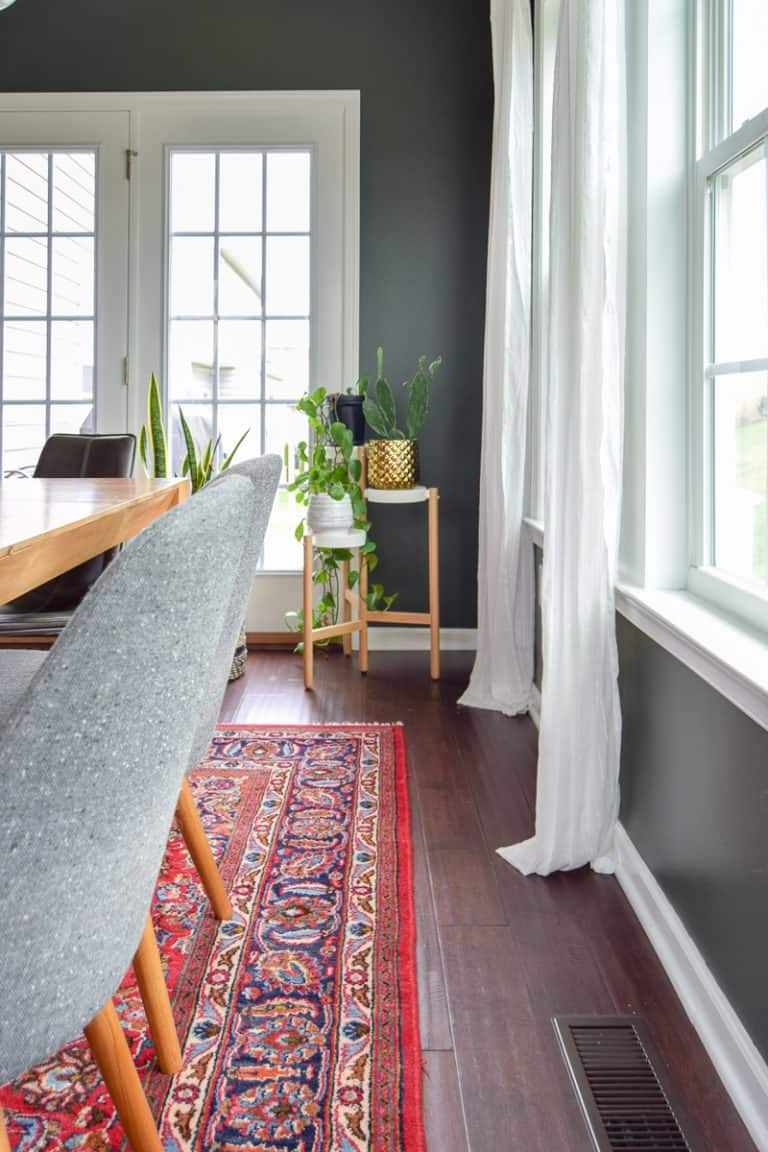 modern dining room reveal | mid-century modern dining room | dark paint | dining room ideas | dining room renovation | #diningroom #modern #diy #renovation #midcentury